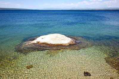 Geyser in Lake