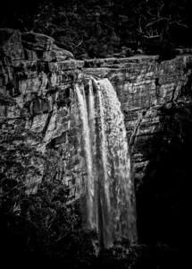 Tinjara Falls
