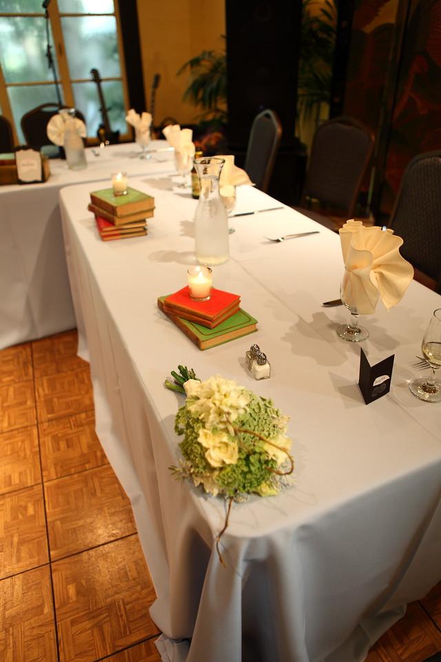 (4) Reception 047