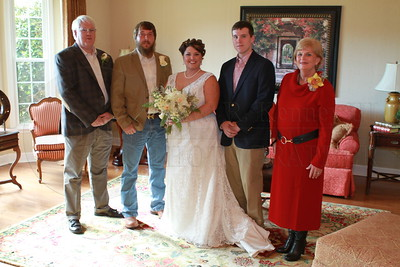 Wedding Photos for Jordan and Dustin Powell. Rising Fawn, Georgia. Photography by Lloyd R. Kenney III (C) 2012 All Rights Reserved. Contack info: lloydkenneyiii@gmail.com