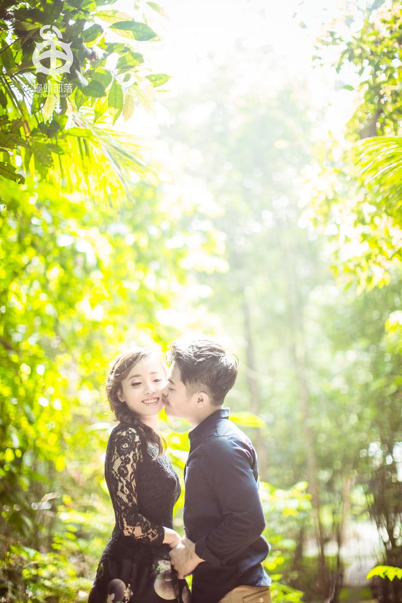 couple photos, dennis and michelle, glass house, green house, jungle, jungle wedding, nature, nature wedding, photos, sekeping serendah, wedding, wedding couple, wedding gown, wedding photos, 国家公园, 婚纱, 婚纱摄影, 婚纱照, 摄影, 树林, 森林, 热带雨林, 玻璃屋, 结婚照, 马来西亚