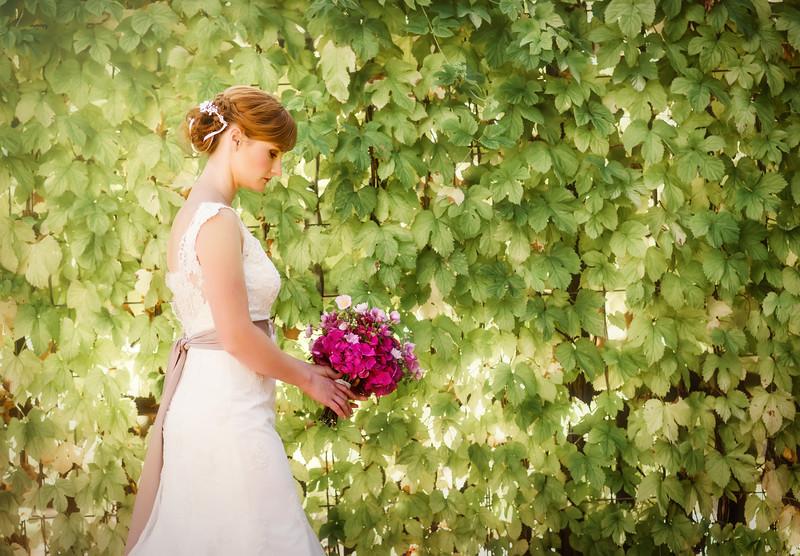 Bella Vita Creative Big Lake Lodge Styled Wedding Shoot Forest Bridal Photos