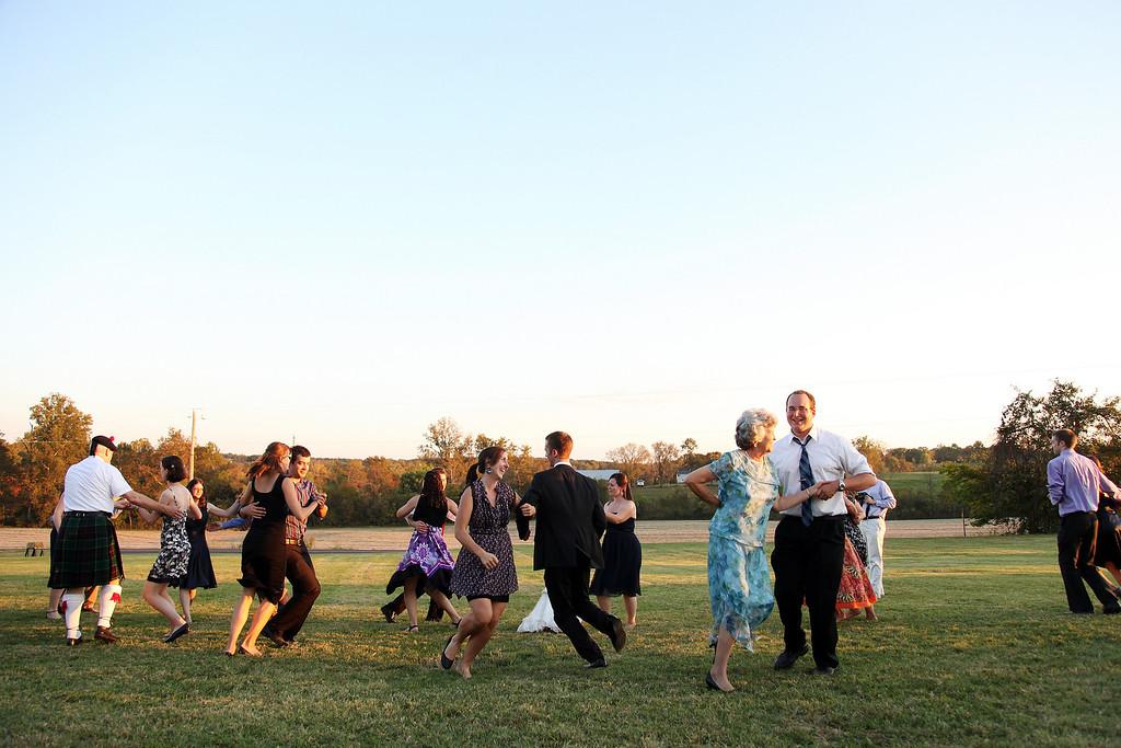 """St. Louis wedding photographer - Elisa Petersen Photography - <a href=""""http://www.elisapetersen.com"""">http://www.elisapetersen.com</a>"""