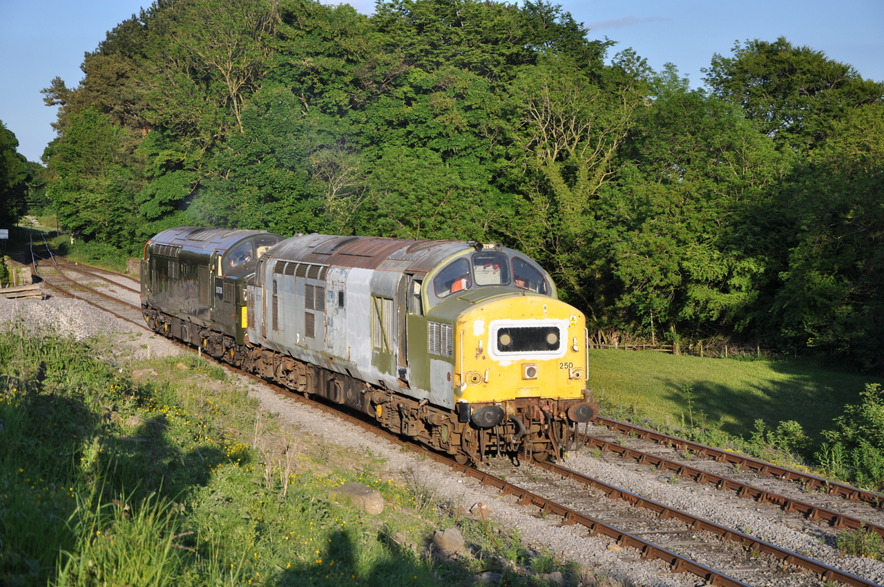 37250 and D6700, Redmire.