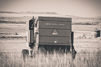 New Holland Bailer