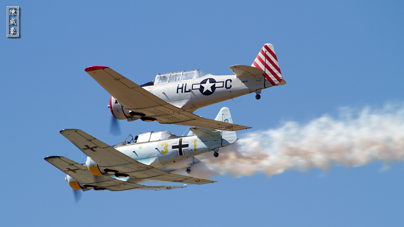 IMAGE: http://julianchen.smugmug.com/Photography/Wings-Over-Camarillo-2010/201008229143cropped/979421444_qBkxZ-X3-2.jpg