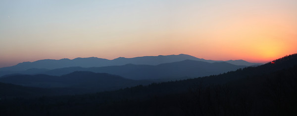 Sunset from Bearden overlook on the Blue Ridge Parkway