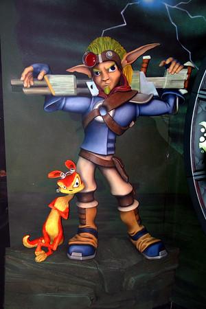 Jak and Daxter (Jak's eye level - center - flash)