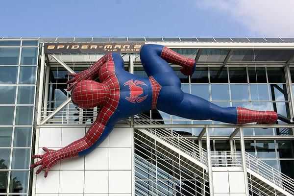 Spider-man attacks the Los Angeles Convention Center