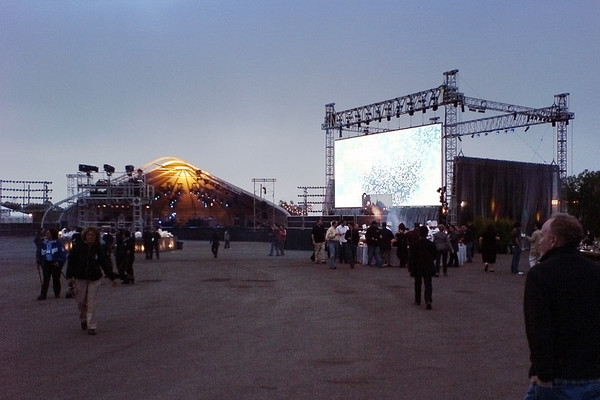 Tonight, Incubus will perform here
