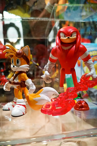 Tails and Knuckles (with Enerbeam)