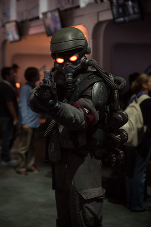 Killzone 3 in 3D is amazing!  This Helghan Soldier looks so real!