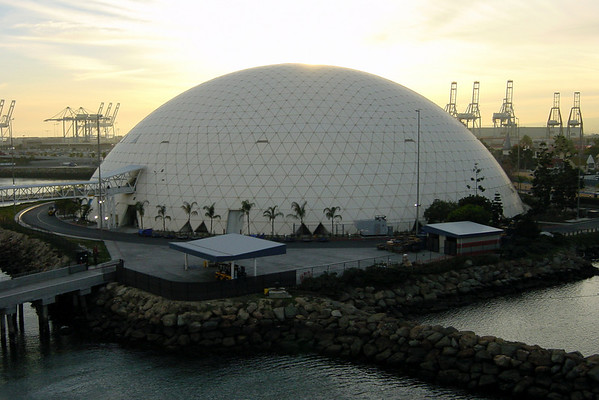 I never got to see the Spruce Goose when it was displayed in this dome