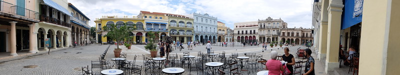 Built in 1519, Plaza de Armas is one of the oldest plazas in Havana and was the city's administrative headquarters back in colonial times
