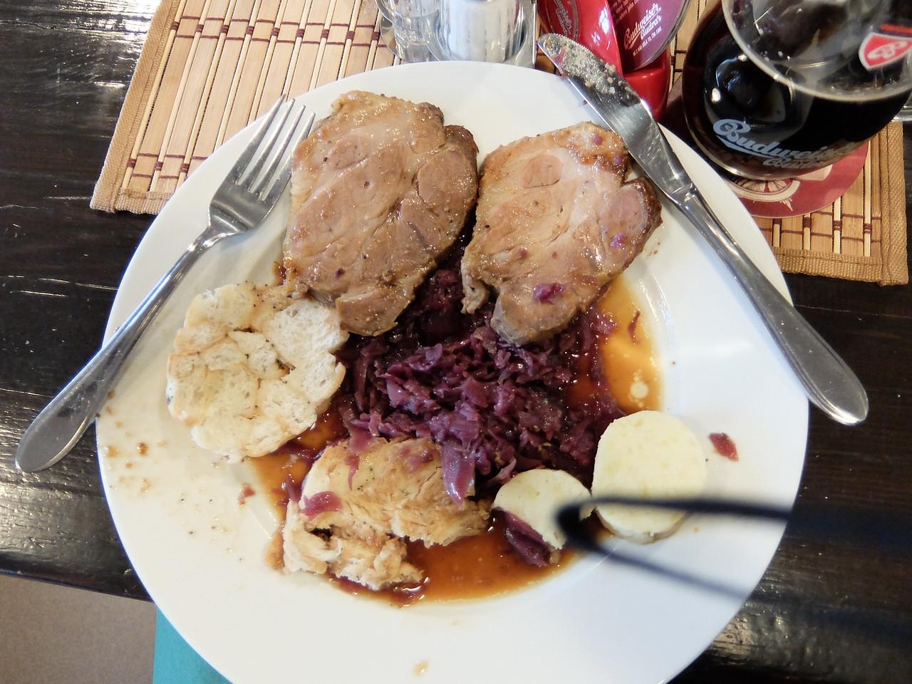 Pork butt, red cabbage and wonderful dumplings (knaidel) - fabulous dinner.