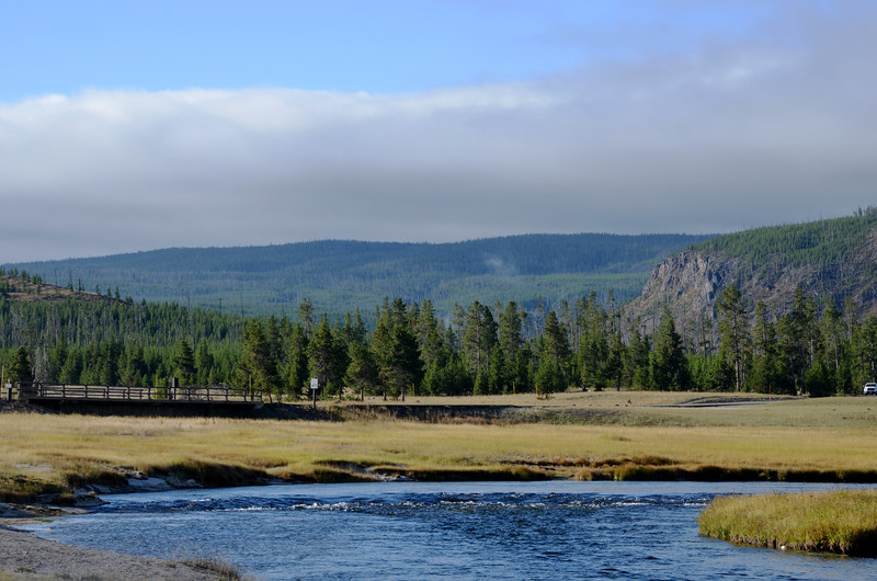 Morning in Yellowstone National Park in Wyoming 12