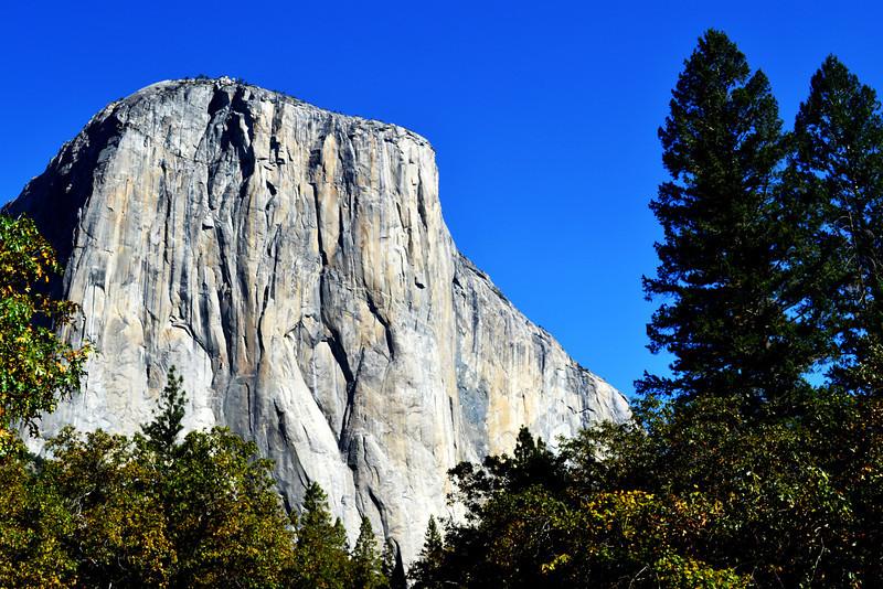 El Capitan in the Fall in Yosemite National Park in California 2