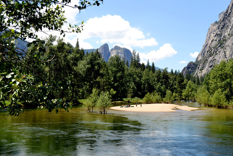 Yosemite National Park in the Summertime 22