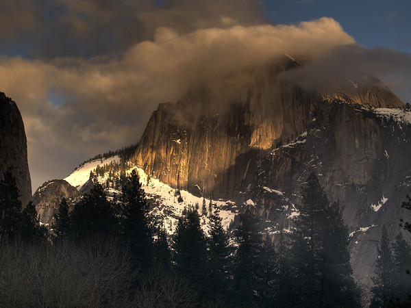<center><b>Yosemite - January 2013</b> </center><br>Although the clouds obscure the top, this is still one of the nicer shots I've been able to capture of Half Dome.