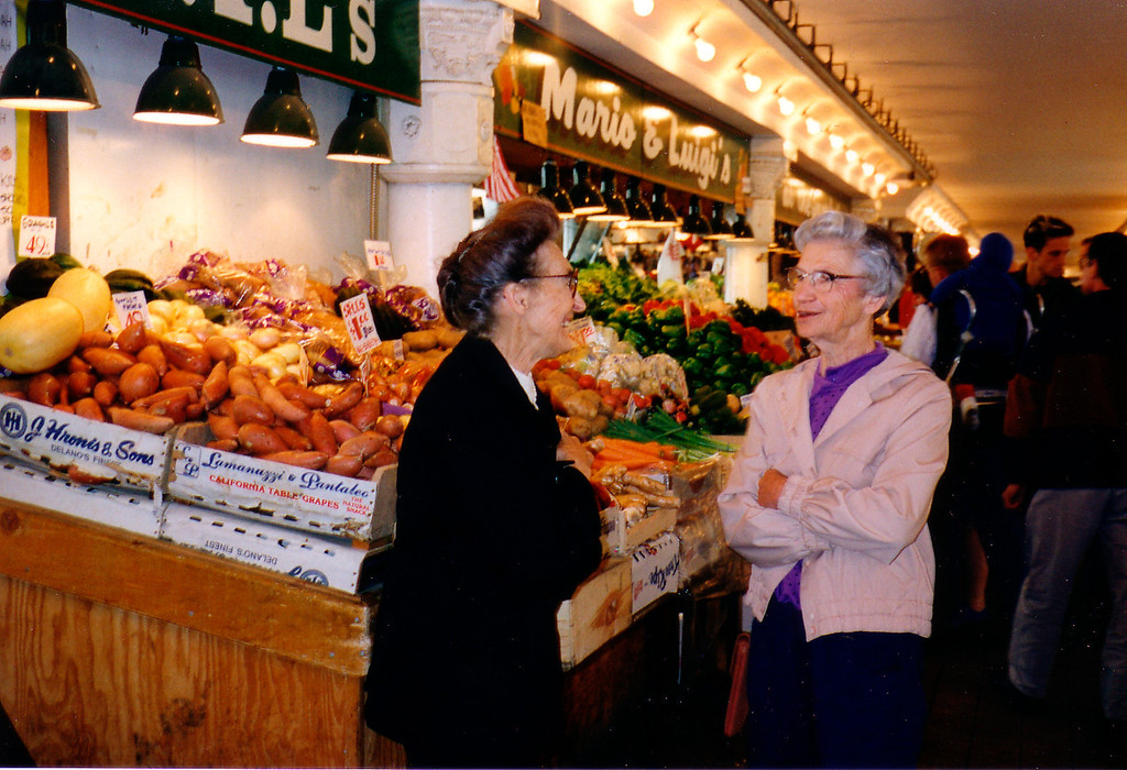 Mom & Enit @ Market