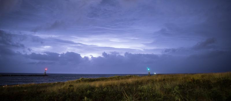Gin Beach Thunderstorm