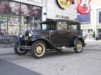 Old Car, Dundas Square.