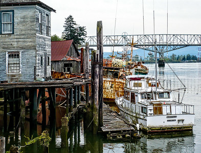 Cathlamet at Rest