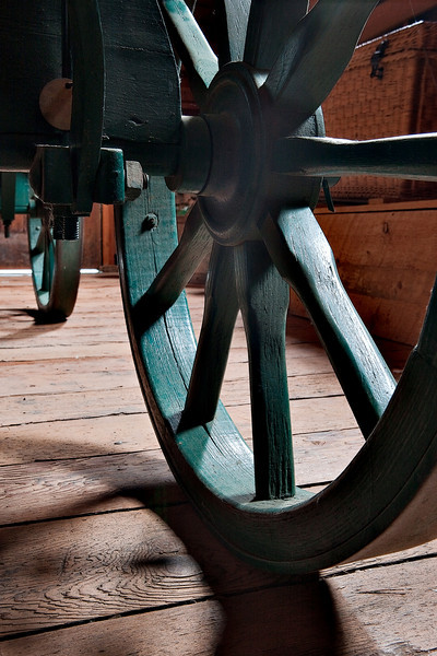 Shady wheel (Ukrainian Village, Alberta, Canada, 2011)