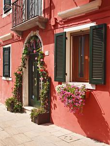Fancy entrance (Burano, Italy 2011)