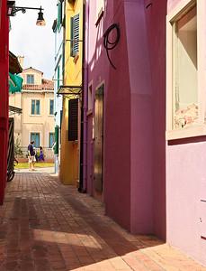 Passage (Burano, Italy 2011)