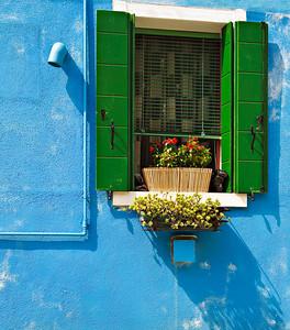 Window (Burano, Italy 2011)