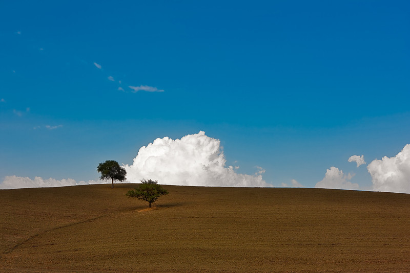Rising afternoon clouds (Via Cassia - SR 2 near Piancastagnaio, Italy 2011)