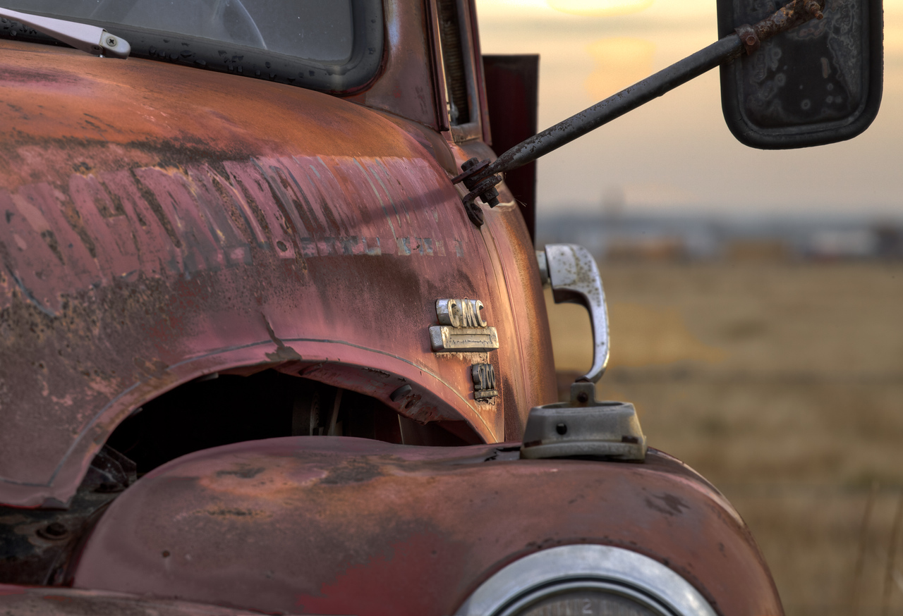 Running away from sunset (Aldon Auto Salvage, Lamont, Alberta, Canada 2012)