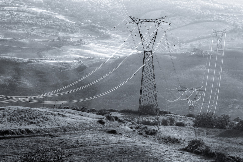 Power across Val d'Orcia