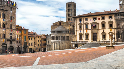 Piazza Grande (Arezzo, Italy 2012)