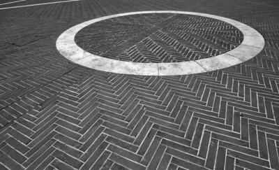 UFO landing (Piazza Grande, Arezzo, Italy 2012)