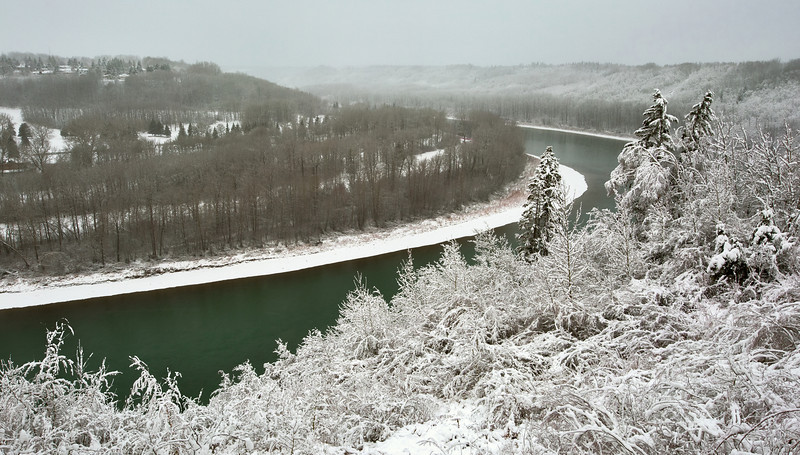 River Bend in Snow