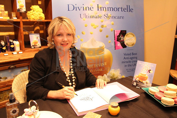 L'Occitane Jo Fairley Book Signing, Covent Garden, London. 13Sept2011