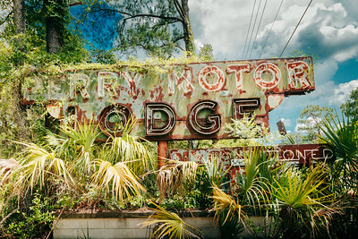 Perry Motor Lodge: Air Conditioned