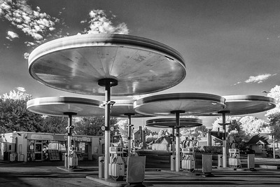 Modernist Filling station (Red Hill, Leicester)