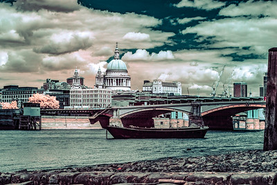 St. Paul's Cathedral &  Blackfriars Bridge