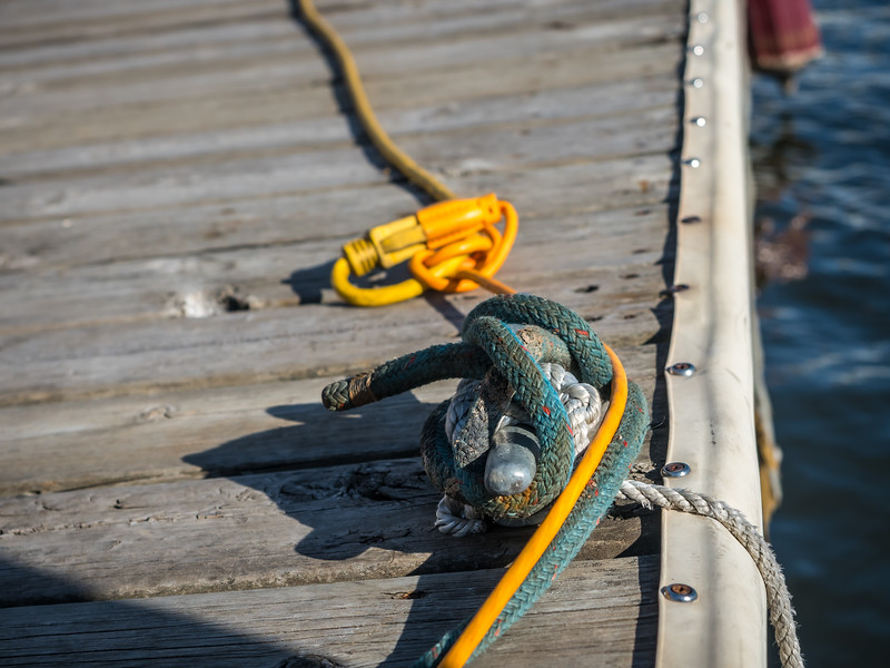 Cleat and Rope With Cord