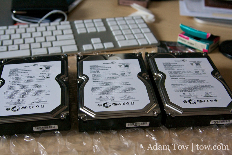 Updating the firmware on my 1.5TB Seagate hard drives.