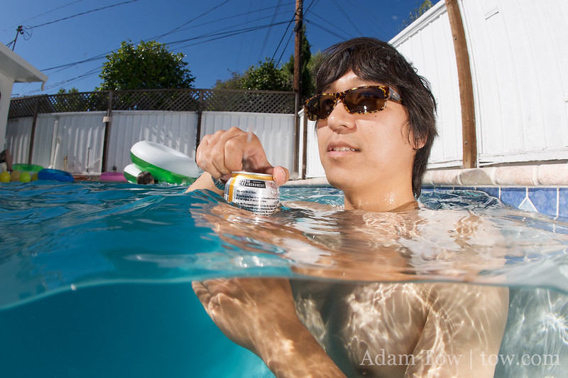 Joon-Mo knows how to cool off.