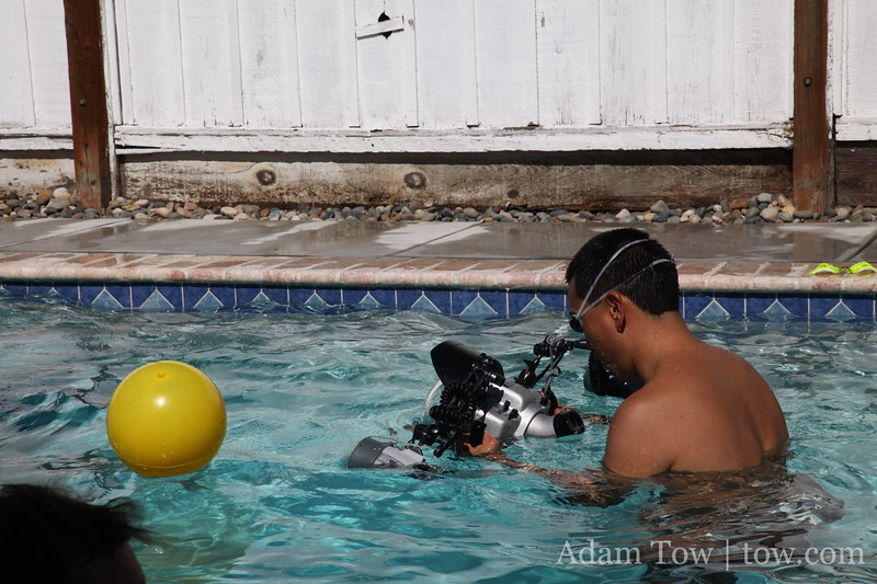 Eric gets his underwater camera ready.