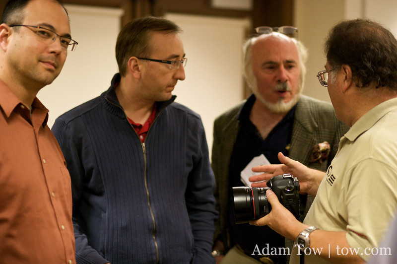Keith, Mark, and Steve ask questions to Jim Rose about the new Canon EOS 5D Mark II.