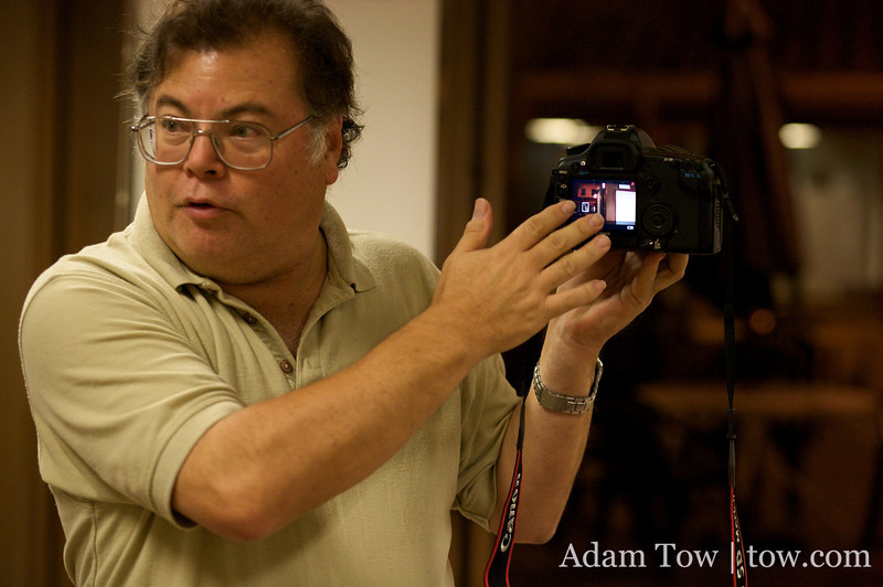 Jim Rose from Canon demonstrates the new live view and video recording features of the 5D Mark II.