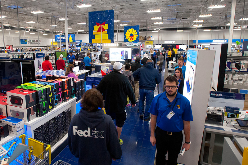 Customers flood into the Riverdale Best Buy to take advantage of the Grey Thursday Doorbuster sales. On Thanksgiving November 27 2014.