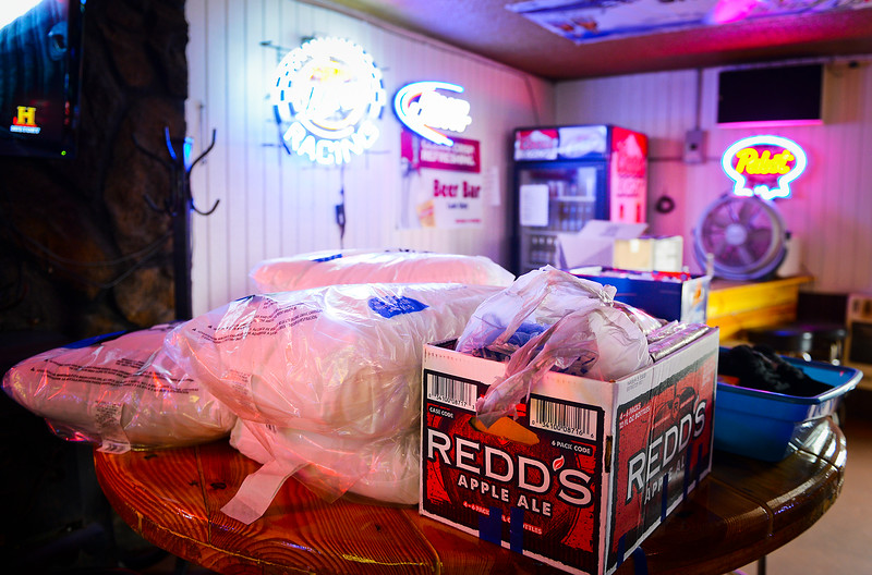 Rockin T Saloon's patrons come through in a very big way by donating kitchen appliances and home necessities for Bartender Tammy Jo Summers. In Ogden, On September 25 2013.(Brian Wolfer Special to the Standard-Examiner)