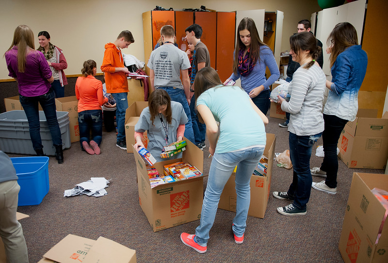 """The HOSA club is putting together """"Warrior Packs"""" to end hunger in Utah. At Weber High School, On February 5 2014. (Brian Wolfer Special to the Standard-Examiner)"""